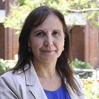 María Isabel Núñez, directora de la Escuela de Obstetricia y Puericultura de la Universidad de los Andes.