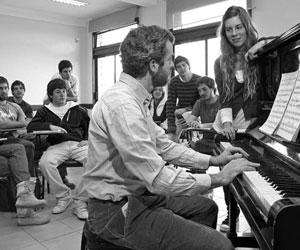 Patricio Baeza - E Browne-alumnos y piano