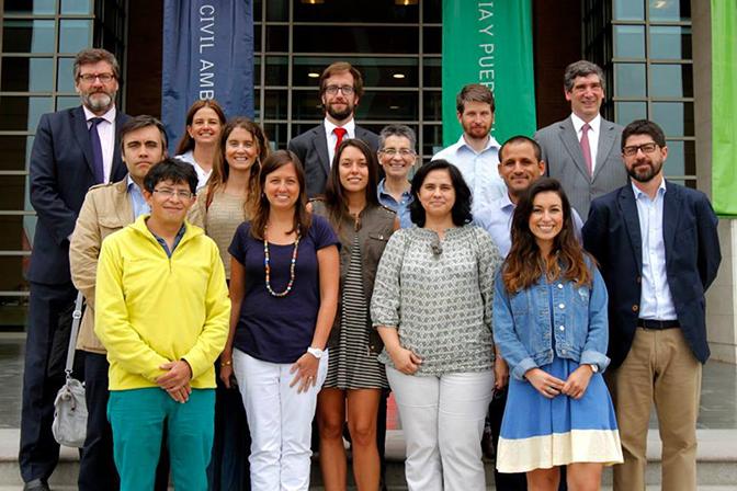 Autoridades y académicos le dieron la bienvenida a los ocho nuevos alumnos del Doctorado en Comunicación UANDES.
