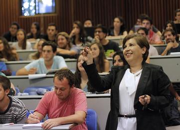 http://www.uandes.cl/academicos/reglamento-y-normativas-academicos2.html