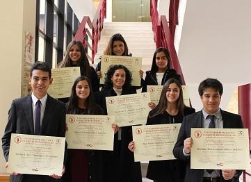 http://www.uandes.cl/noticias/alumnos-de-la-facultad-de-derecho-realizaron-curso-sobre-derecho-romano-en-la-universidad-de-salamanca.html