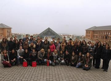 http://www.uandes.cl/noticias/mas-de-80-alumnos-llegaron-de-intercambio-a-la-uandes-este-semestre.html