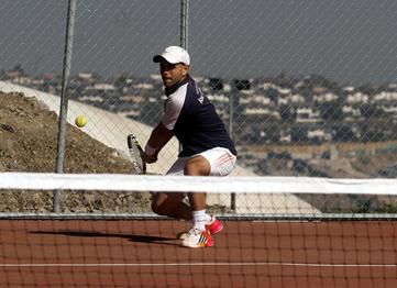 http://www.uandes.cl/noticias/tienes-15-alternativas-deportivas-para-practicar-en-la-uandes.html