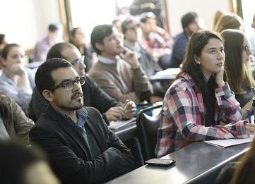 http://www.uandes.cl/noticias/talleres-de-liderazgo-la-oportunidad-para-complementar-tus-estudios-en-la-universidad.html